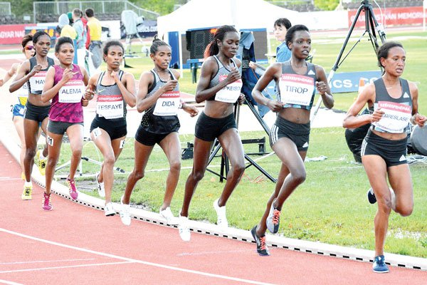 DAP's represented Margaret Chelimo and Tirop Agnes makes it one and two in the women's 3000 meters at the IAAF Zagreb Meeting on Tuesday 06