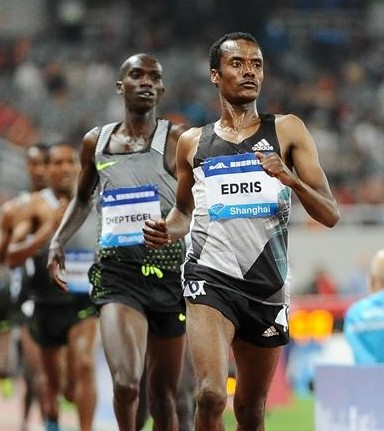 Demadonna's Muktar Edris sets world lead, and meeting record to take victory in the men's 5000m in Shanghai
