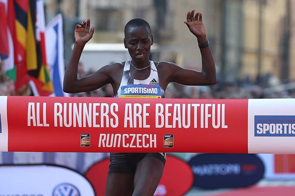 caroline chepkoech prague